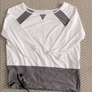 LOLË white and grey top